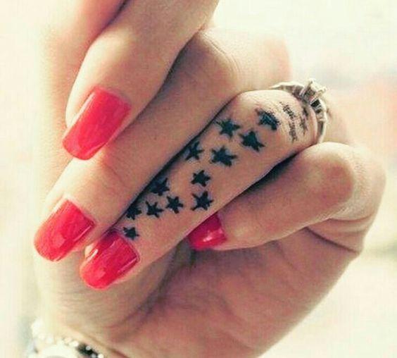 dans la main étoiles 6