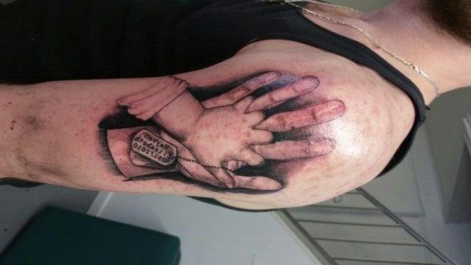 mains jointes 5