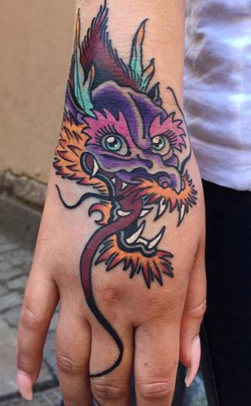 tatouages de la dame dragon 6