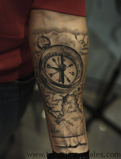 bras de tatouage étoile nautique 7