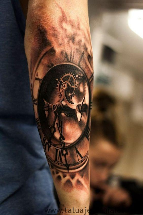tatouage d'horloge antique 2