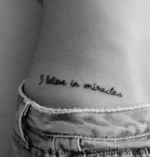 phrases de tatouages de hanche 6