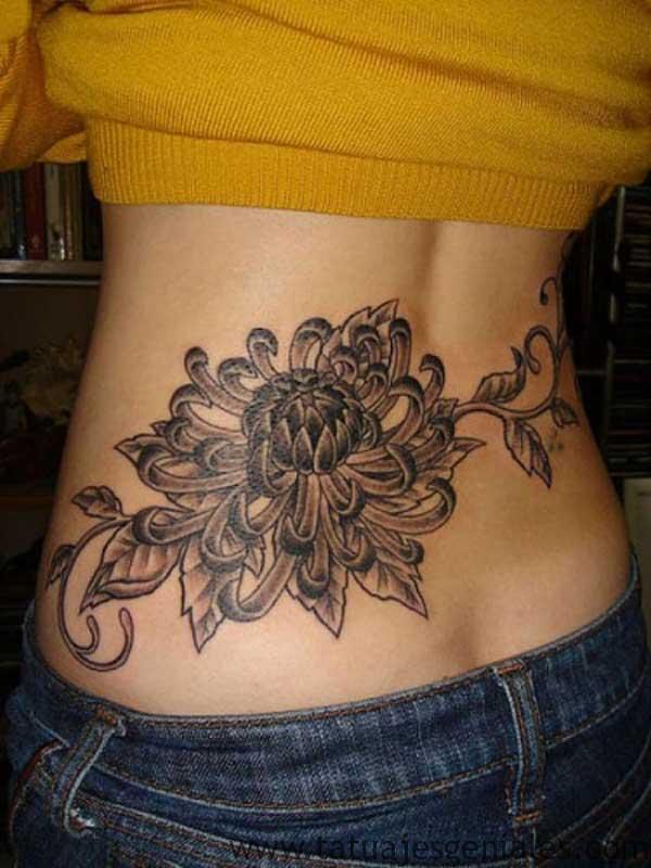 tatouages de la hanche arrière 2