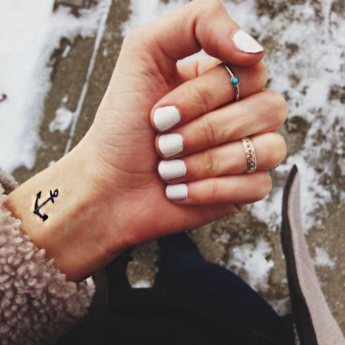 tatouages pour les femmes 2016 poignet 5