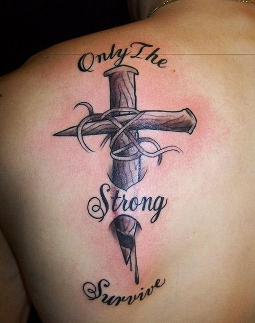 tatouages croisés pour hommes 7