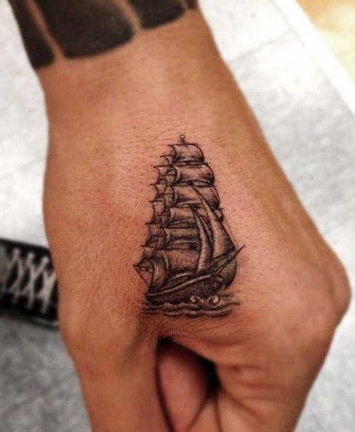 tatouages hommes main 3