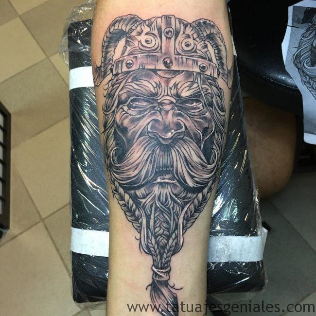 Tatouages viking nordique 3