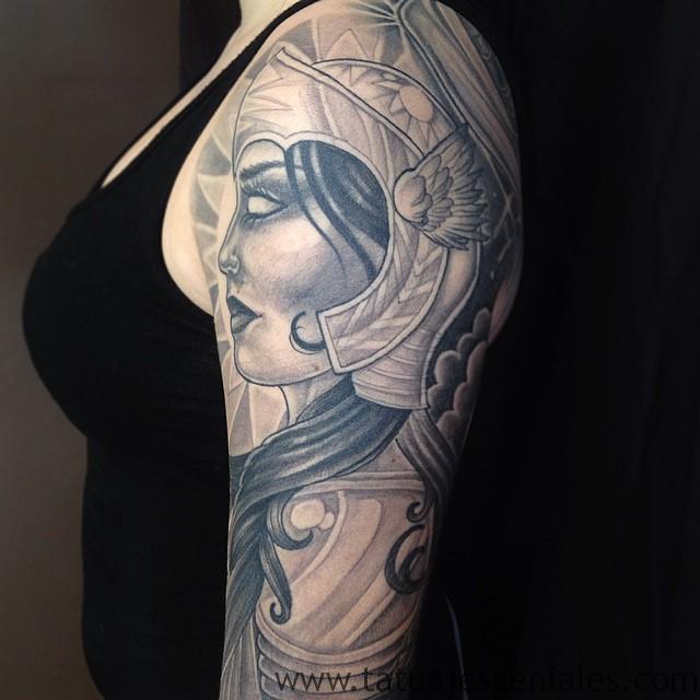 Tatouages Viking femmes 6