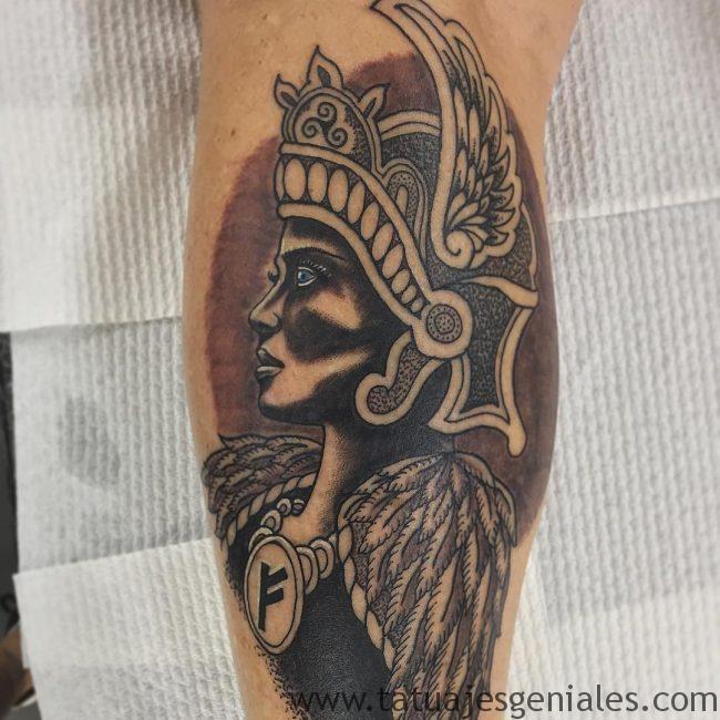 Tatouages de femmes Viking 1