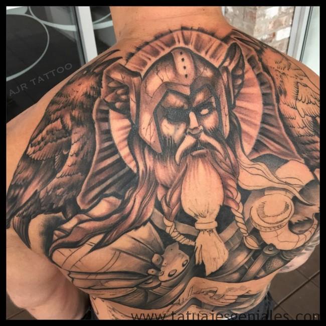 Tatouages Viking pour hommes 5
