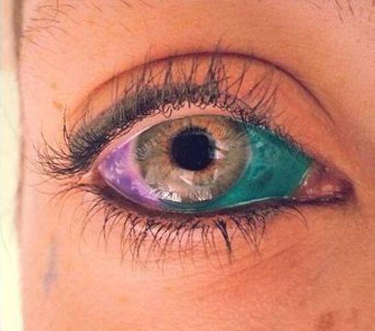 dans les yeux 1