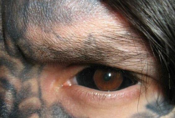 dans les yeux 3