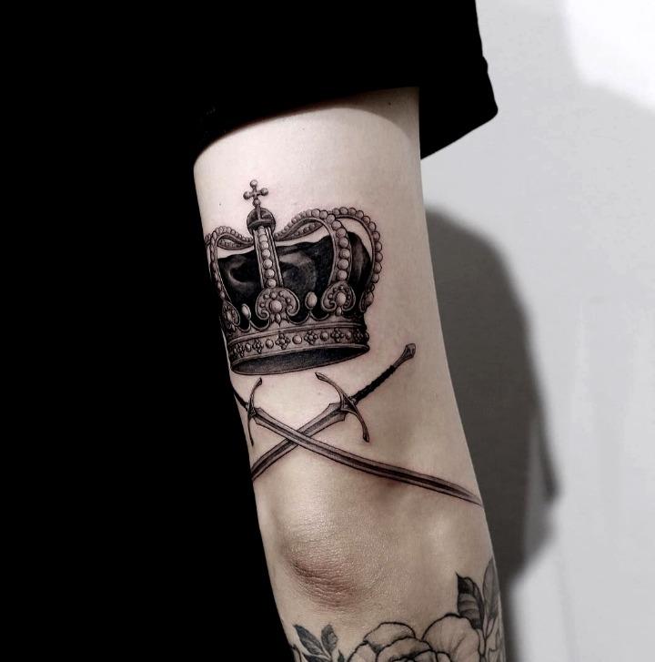 Tatouages de couronne de roi