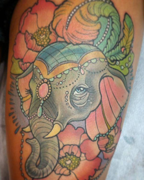 13 Fabuleux tatouage d'éléphant sur le corps