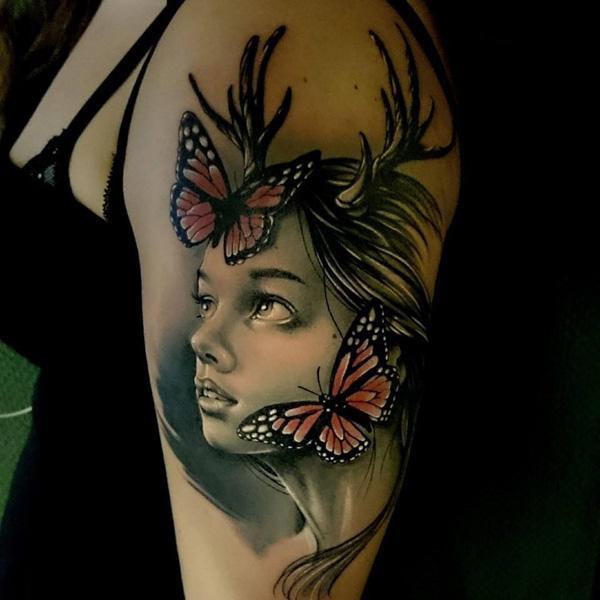 46 Tatouage papillon 3D