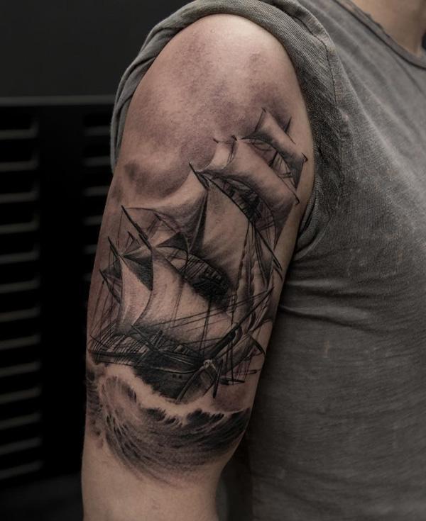 Bateau tatouage-95