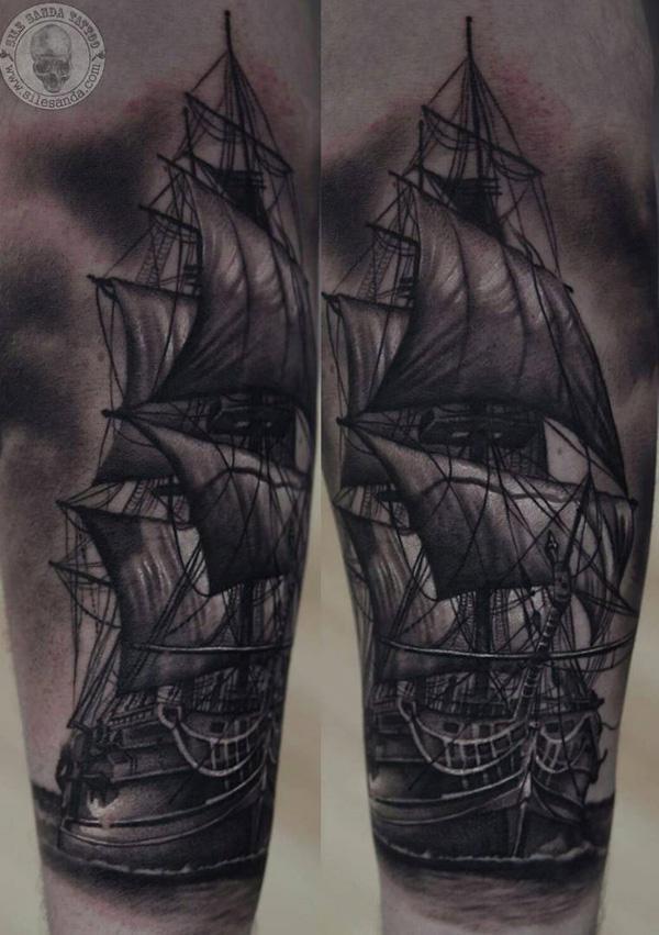 Tatouage de bateau-100