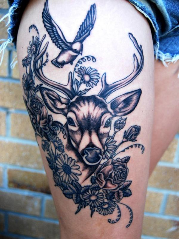 Tatouage cerf et oiseau