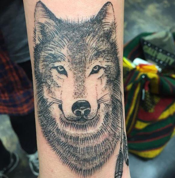 Paris Jackson Tatouages Loup