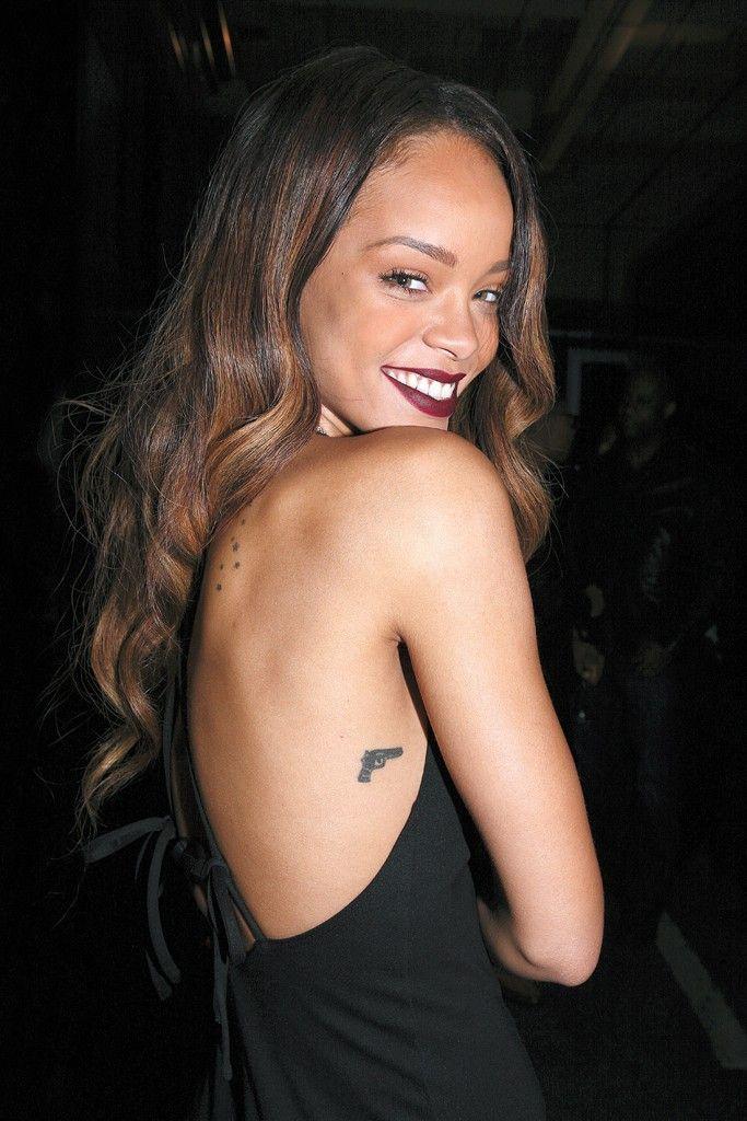 Rihanna Tatouages Pistolet